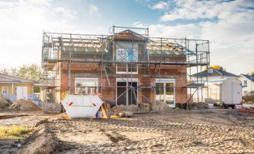 Bauherren haben den Anspruch auf bestimmte Gewährleistungsfristen.
